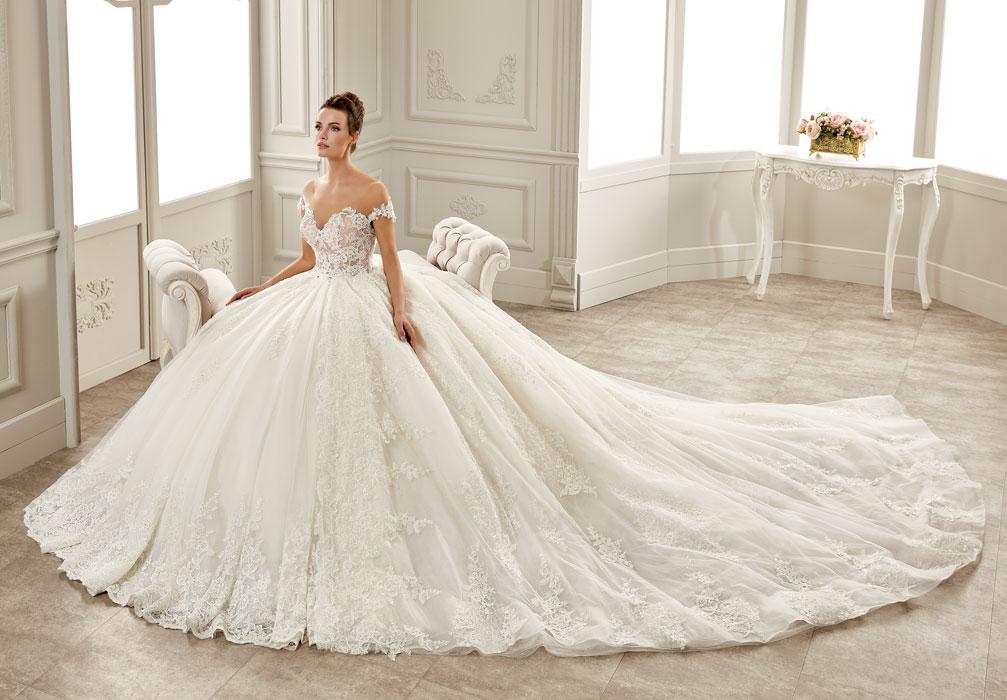 Brautkleider Eleganz Braut Und Abendmode